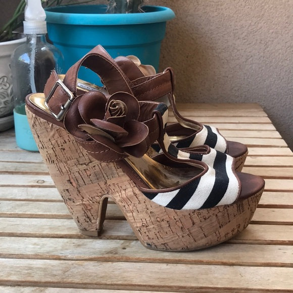Shoes - Striped Floral Wedge Heel